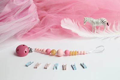 Čiulptuko laikiklis mergaitei - kramtukas