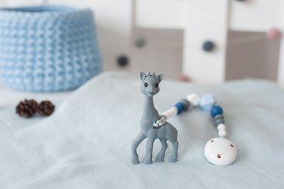 Silikoninis kramtukas žirafa su čiulptuko laikikliu berniukui
