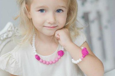 Silikoniniai sensoriniai papuošalai mergaitei