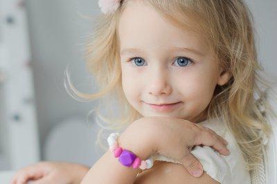 Sensorinė silikoninė apyrankė mergaitei