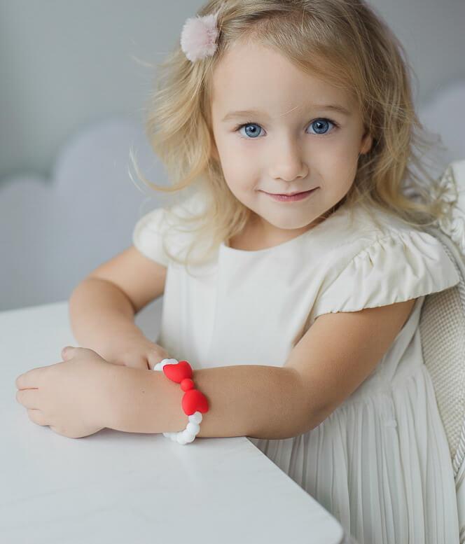 stilinga silikoninė apyrankė mergaitei papuošalai vaikams praktiška geriausia dovana